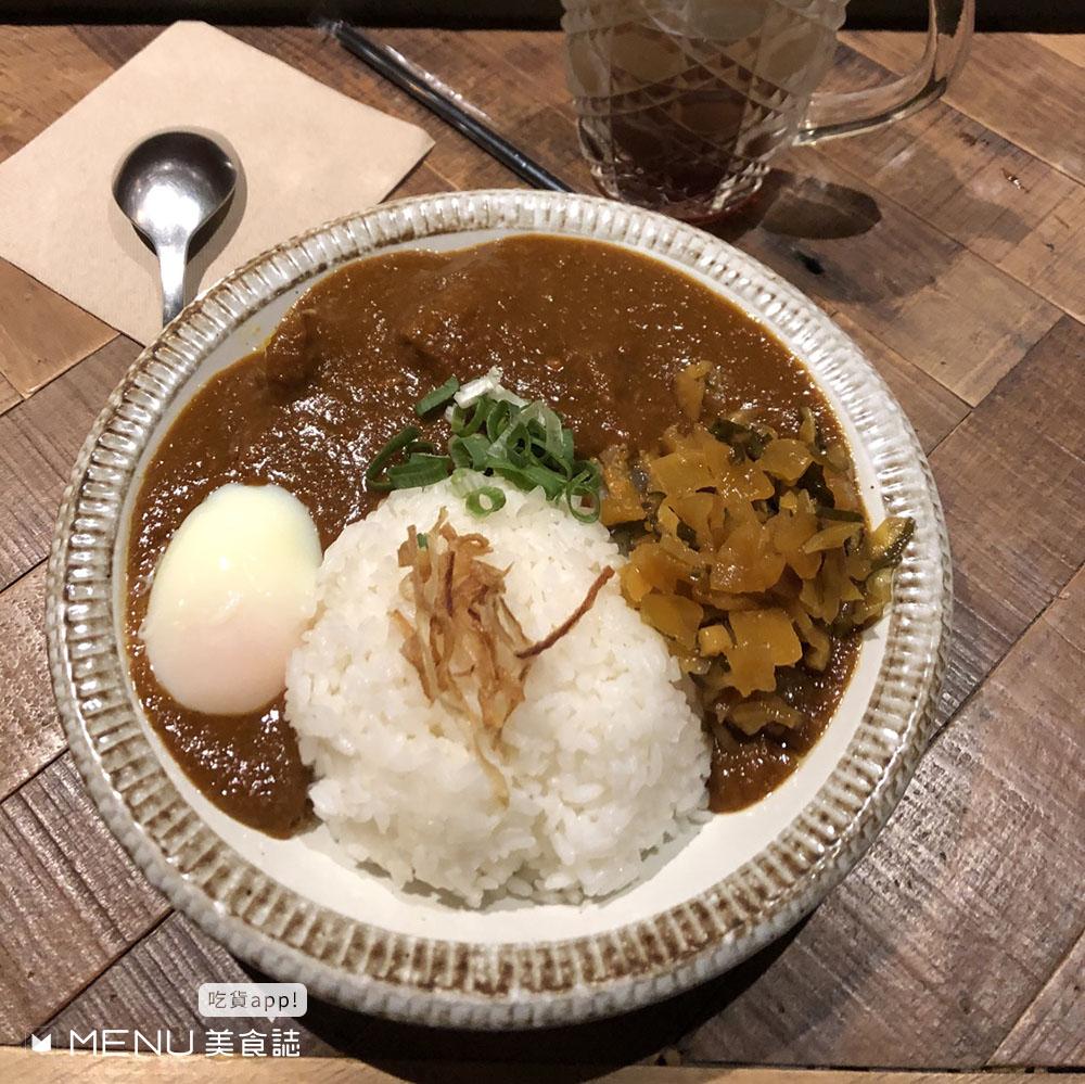可以跟朋友安全有距離但跟美食不行!火鍋燒肉韓式泰式都有,自己吃也不尷尬的餐廳!