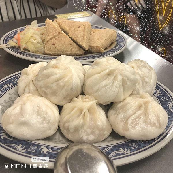板橋南雅夜市就是要這樣吃!豬血湯、蚵仔麵必吃,TOP 10美食平價、好吃、不踩雷!