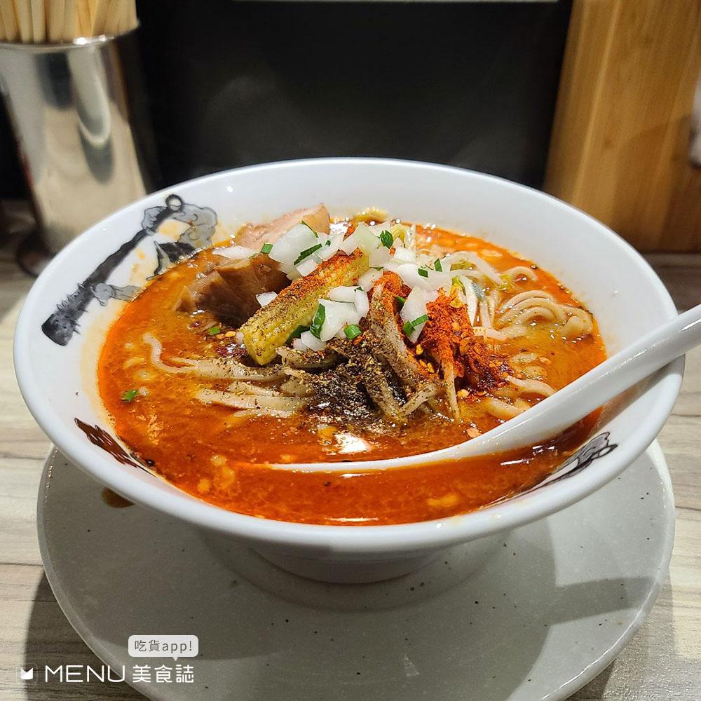 拉麵控都吃過了嗎?還沒開門就有人在排隊,台北人氣拉麵你最愛哪家