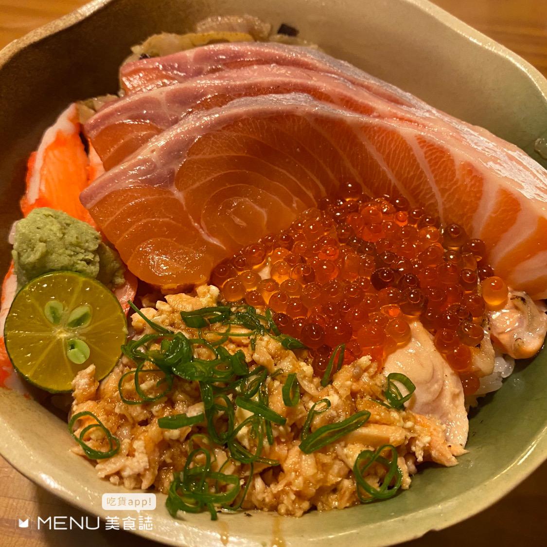 啥款!成大人的三餐就是這麼澎湃!吃了會想念的越南河粉、俗又大碗的早午餐,看著都想轉學拉!
