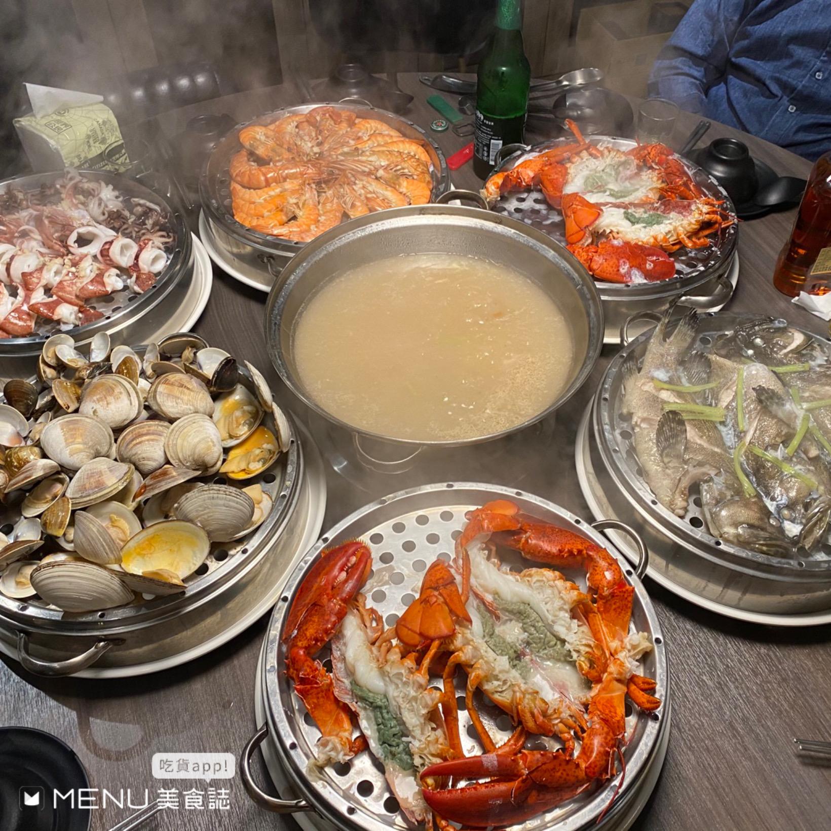 在家動動手指就能吃到山珍海味!MENU美食誌超貼心線上點餐功能,泰式冬蔭湯、韓式燒肉、超澎湃海鮮蒸塔,只要一指就能吃到!